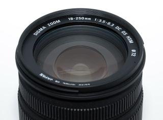 OBJETIVO SIGMA 18-250mm 1:3.5-6.3 DC OS PARA NIKON