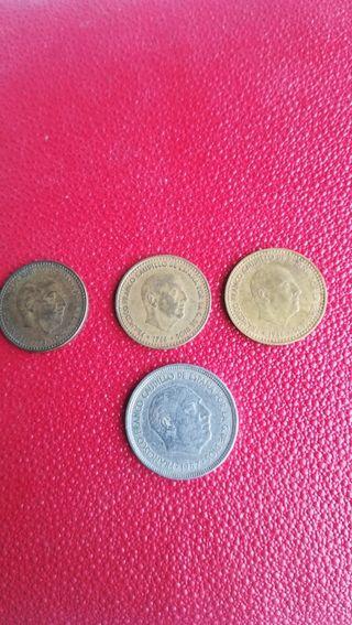 lote de 4 monedas de Francisco Franco