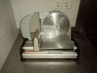 Máquina cortadora de carne y quesos