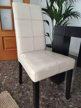 4 sillas x 30€