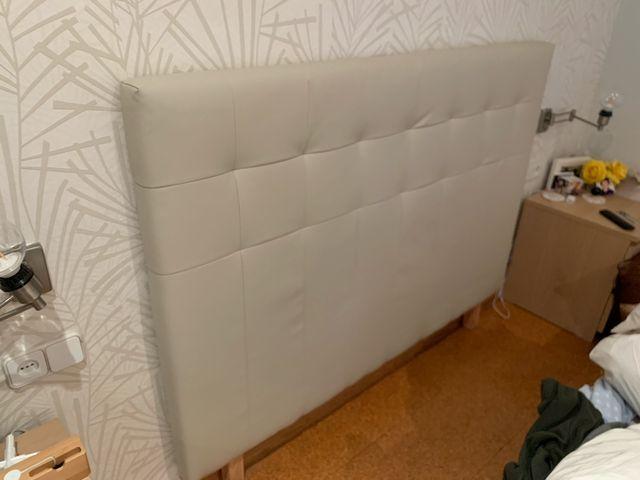 Cabecero BORGANN 160 cm. IKEA