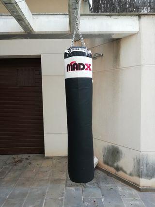 Saco de Boxeo con varios Accesorios