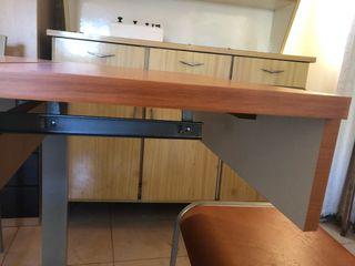 Mesa de cocina con sillas 4 cerezo y aluminio