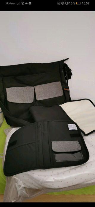 mochila, cambiador y porta documentos