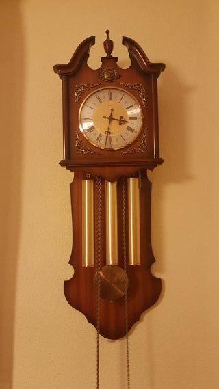 reloj pared carrillon SARS