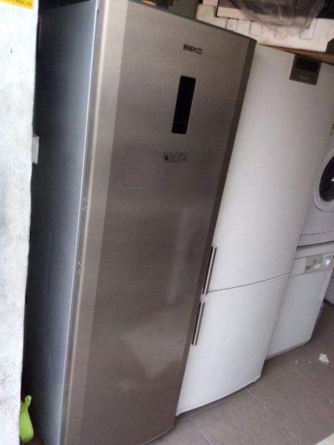 congelador vertical beko gris en oferta