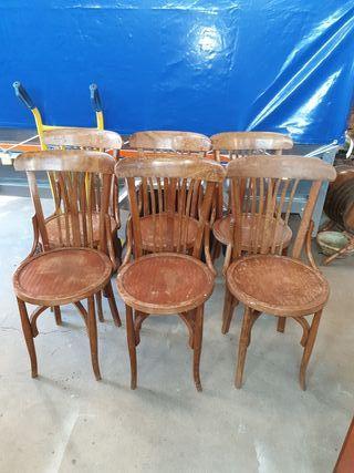 antiguas sillas thonet