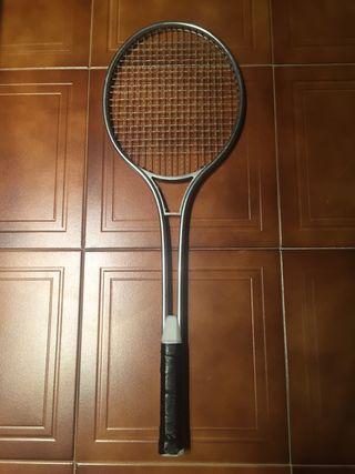 Raqueta de tenis vintage 80s