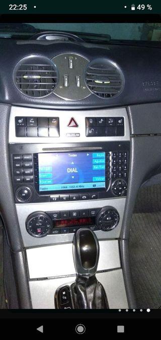 Mercedes-Benz CLK 2004