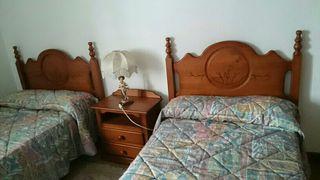 Dormitorio doble madera maciza, 2 cabeceros y mesi