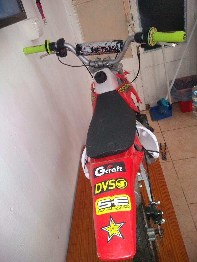 Minimoto Pocket bike pit bike