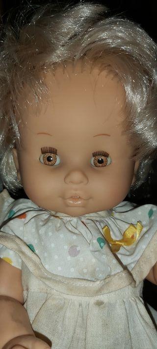 muñeca antigua marca b.b