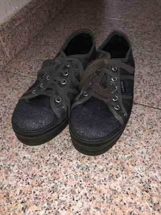 Zapatos para niña brillantes