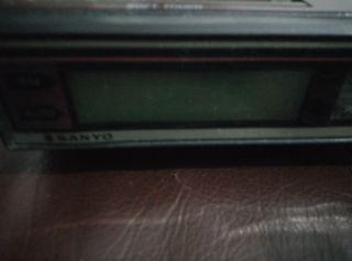 radio reloj despertador mesita de noche