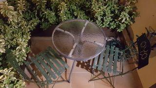 Mesa de jardin pequeña