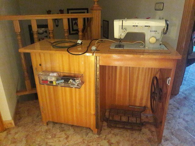 Maquina de coser SIGMA Zig-Zag