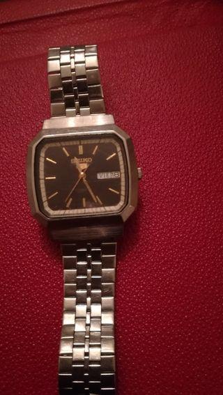 antiguo reloj automático Seiko,