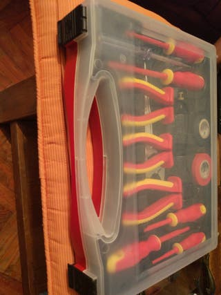 2 cajas de herramientas