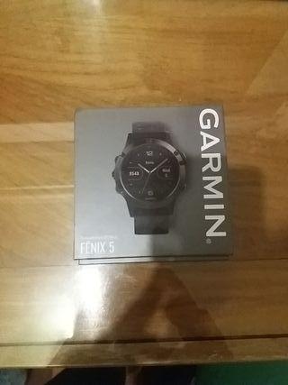 Garmin Fenix5. Sin estrenar