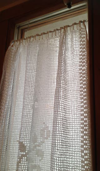 Juego de cortinas hechas a mano con ganchillo (cro