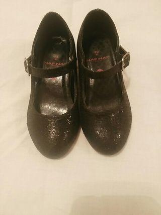 vendo zapato de sevillana para niña