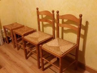Sillas taburetes de madera