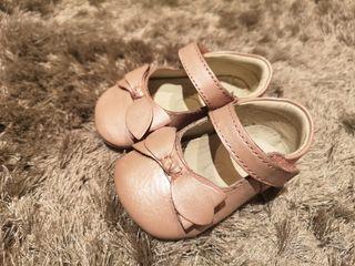zapato bebé niña