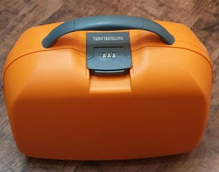 Maletín neceser viaje rígido marca Taino Travelleling con clave ( Más artículos de viaje en mi perfil