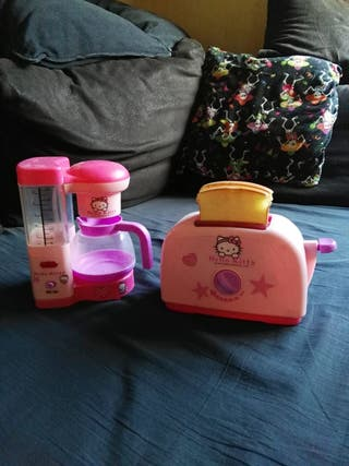 cafetera y tostador Hello Kitty
