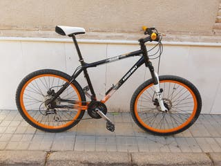 Bicicleta de montaña de la marca nishiki.