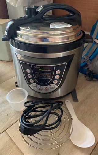 Robot cocina chef o menaje