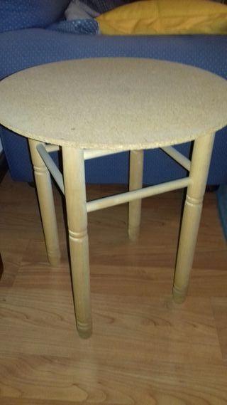 Mesa camilla pequeña