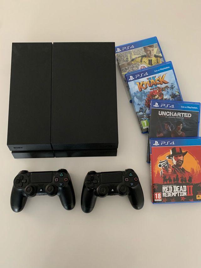 Playstation 4 + 2 mandos + Juegos