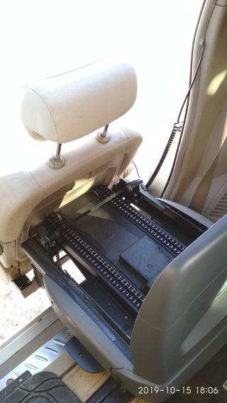 Asiento giratorio movilidad reducida para coche