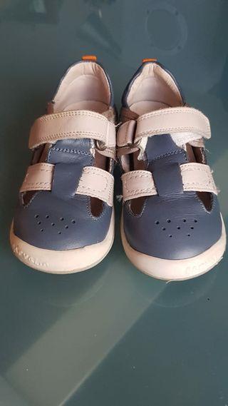 Zapato Garvalín talla 25