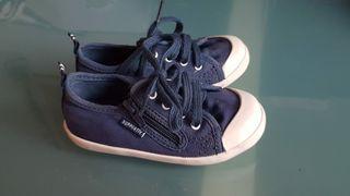Zapatillas botines azules talla 24
