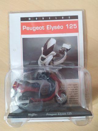 Moto Peugeot Elyseo 125