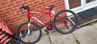 *MINT CONDITION* Hyper Detonate Mountain Bike