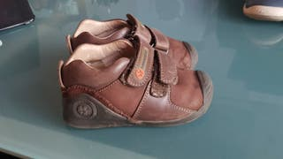 Zapatos Biomecanic marrones niño talla 23