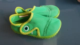 Zapato escarpín ranita talla 23