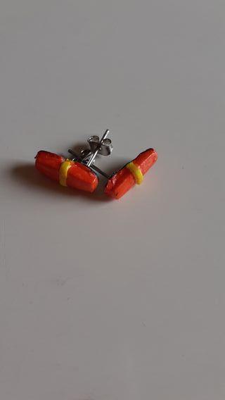 pendientes rojo y amarillo