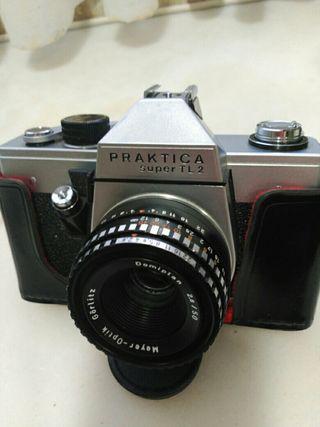 Camara de fotos marca:PRACTICA modelo super 112