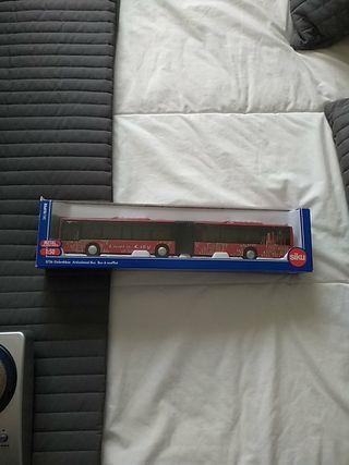 maqueta autobús articulado