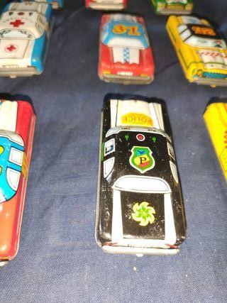 lote de coches de chapa antiguos