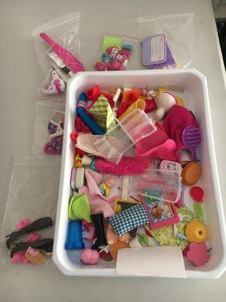 lote complementos de muñecas Barbie, Barriguitas..