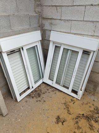 ventanas de aluminio con mosquitera y persiana.