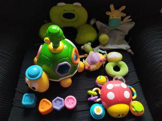 Lote juguetes/sonajeros/reposa recien nacido