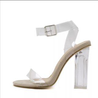 sandalia transparente