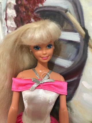 Barbie 90s