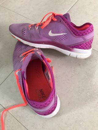 Zapatillas Nike.Talla 40 o 39